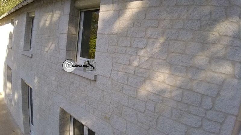 Enduit imitation pierre sur une partie de terrasse dans le 78 à - Enduire Un Mur Exterieur En Parpaing
