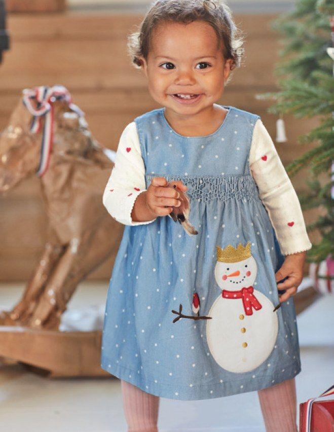 Les plus belles robes de Noël pour petites filles sages (ou pas) : Album photo - aufeminin #mode #noel #robe #robeenfant #robenoel #robebleue #fête #robefete #tenuedefete #bleu#modenoel #espritdenoel #bonhommedeneige #Boden #aufeminin