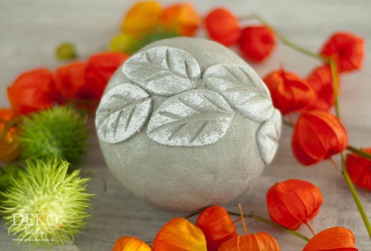 Diy h bsche herbstdeko mit knetbeton deko kitchen crafts miscellaneous crafts diy concrete - Deko kitchen herbstdeko ...