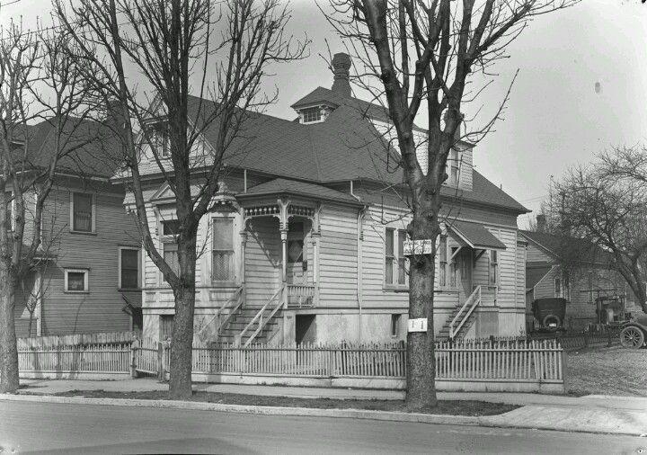 1920s Portland Oregon Home Portland House Southeast Portland Portland
