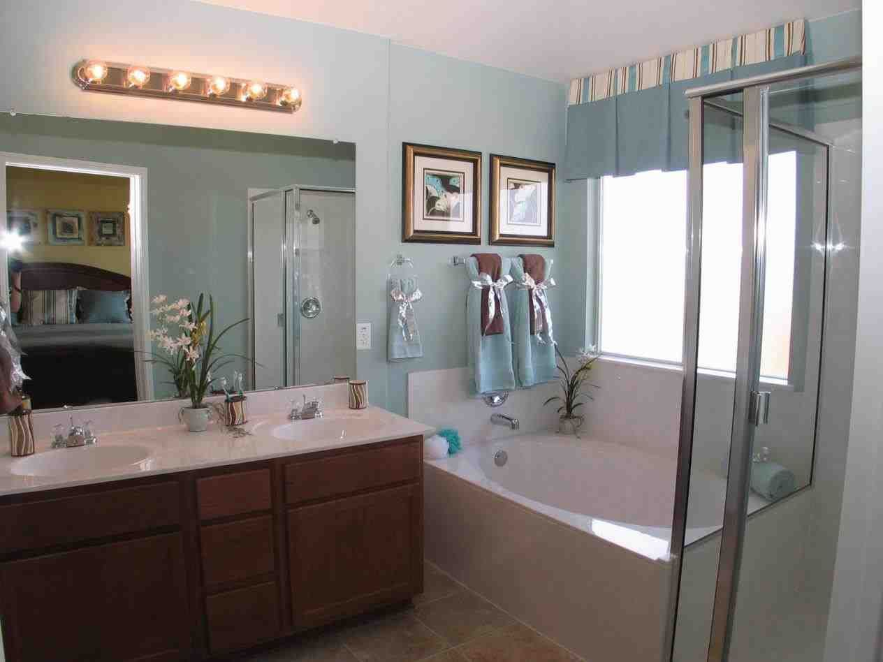 mesmerizing various ideas for bathroom decorating themes with natural theme | This gray and brown bathroom color ideas - bathroom:easy ...