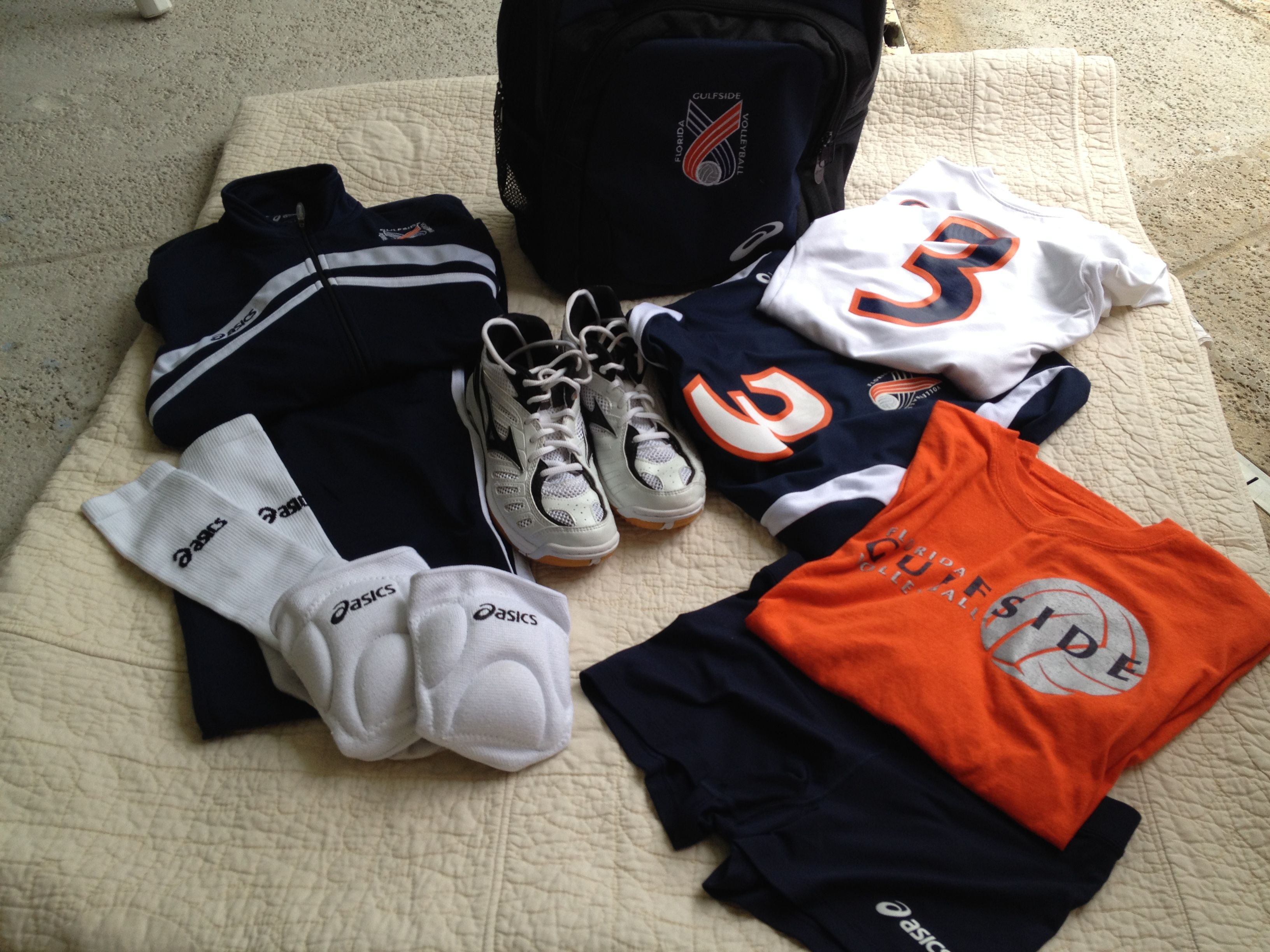 The Volleyball Bag And God S Equipment Bag For Life Moda Masculina Moda Masculino