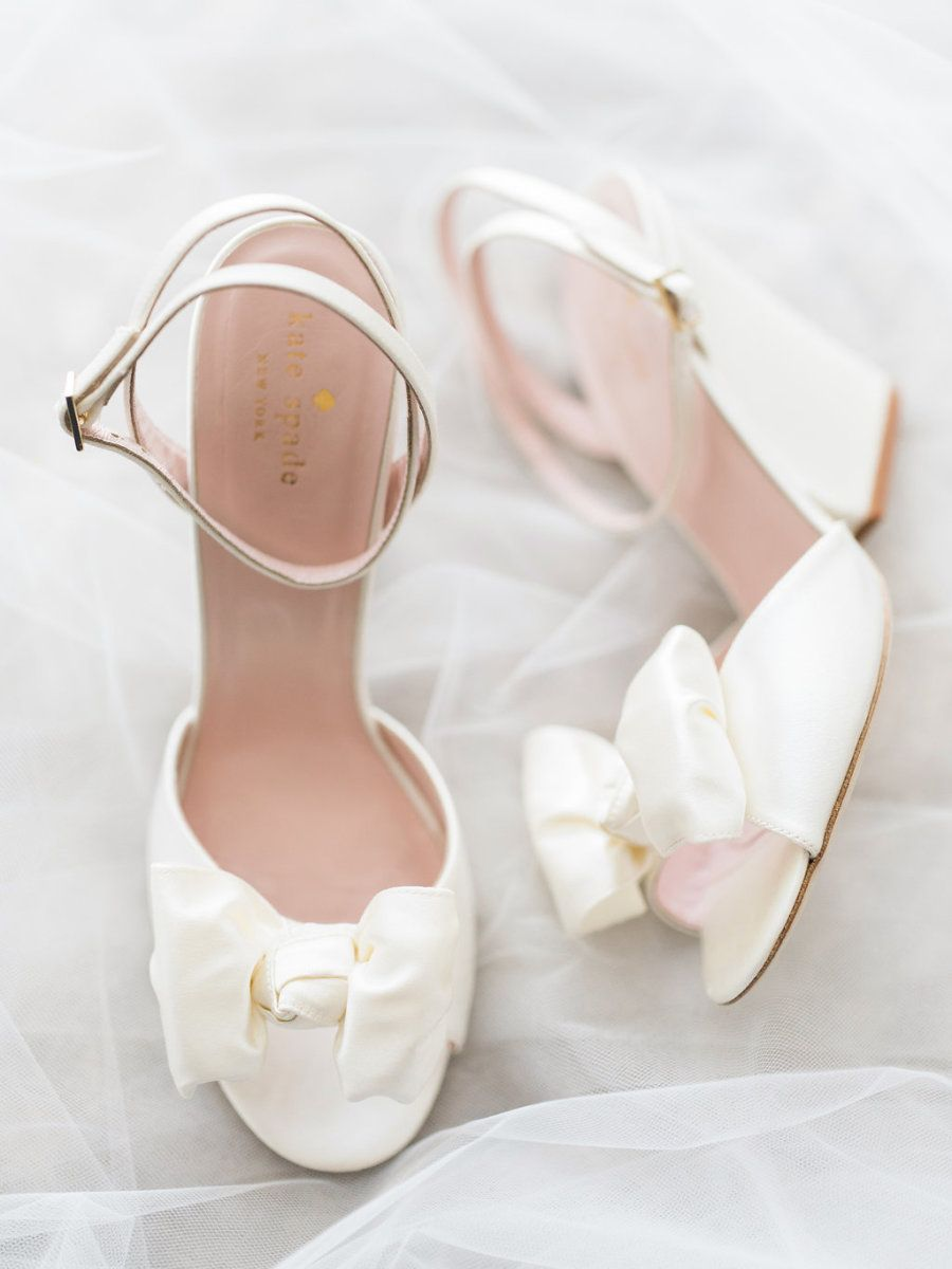 b7ddf2ff66 Satin bow Kate Spade wedding shoes. Photography : Troy Grover Photographers  Read More on SMP
