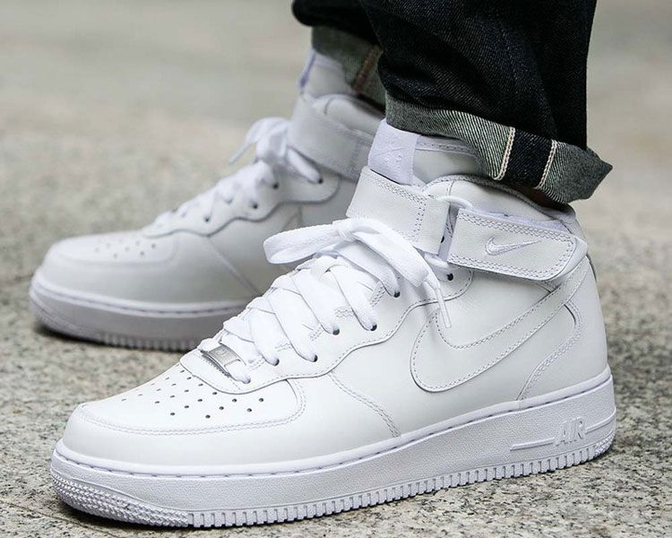 champán bolita beneficio  Buy > nike air force 1 mid white on feet - 64% OFF online