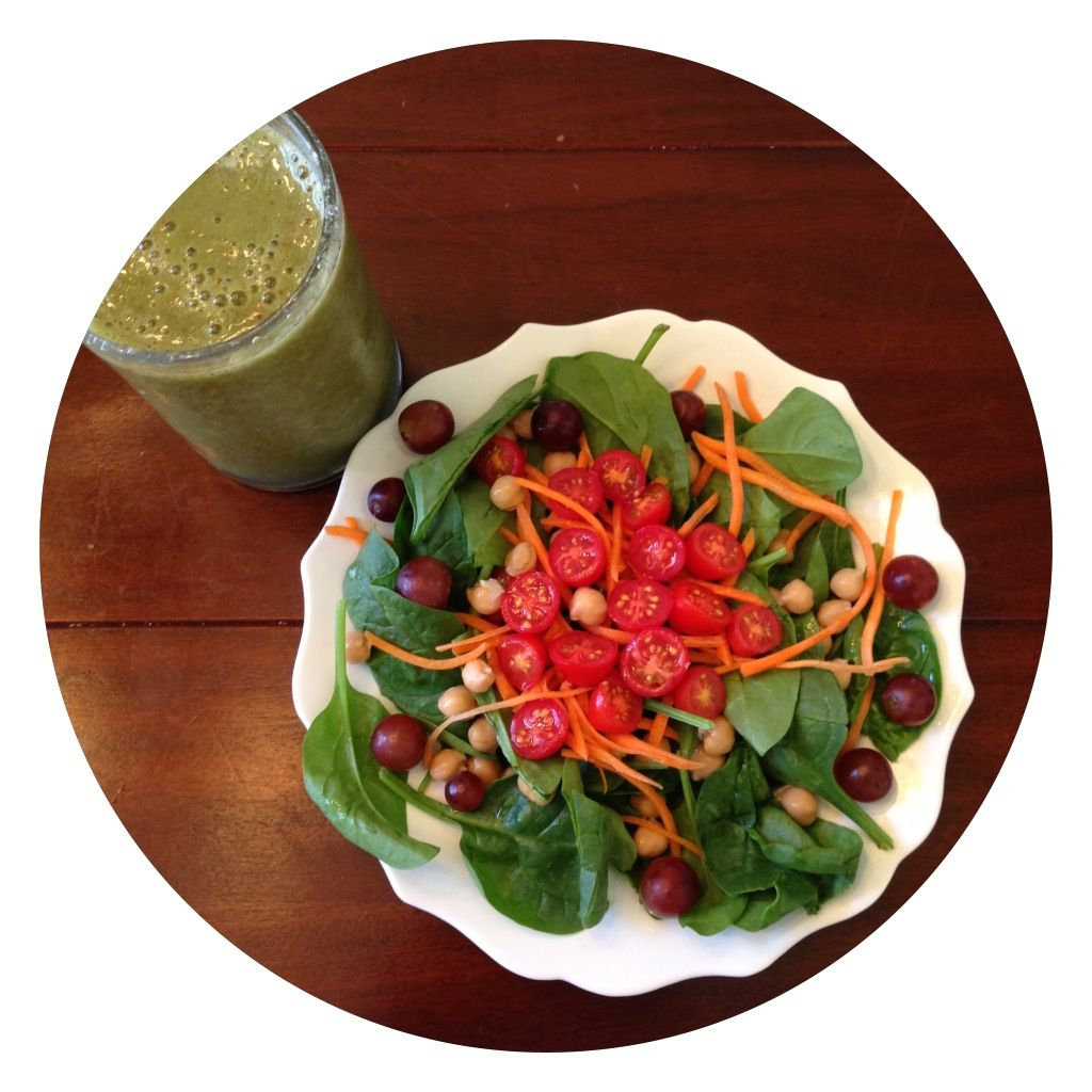 Spinach chickpea carrots grapes tomato salad and green