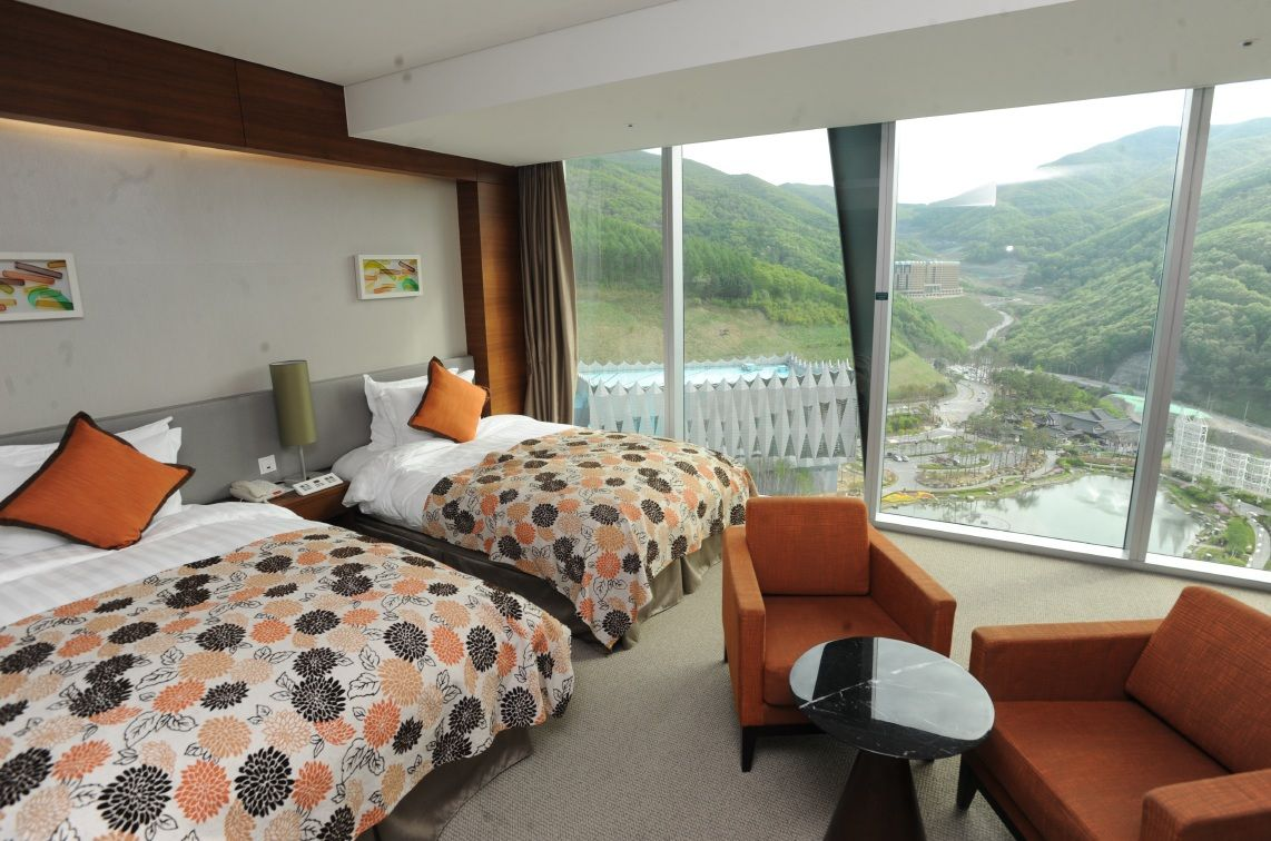 Convention Hotel Superior Room in High1 Resort
