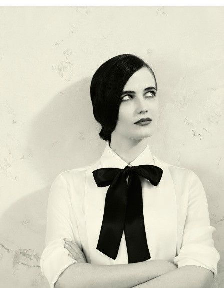 Eva Green... Her hair is right there, flat on her head and she is STILL gorgeous. How does she pull it off?!