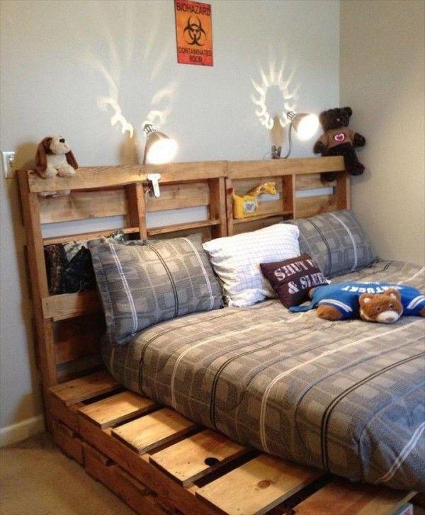 Lit en palette dans la chambre des enfants chambre enfant - schlafzimmer la vida