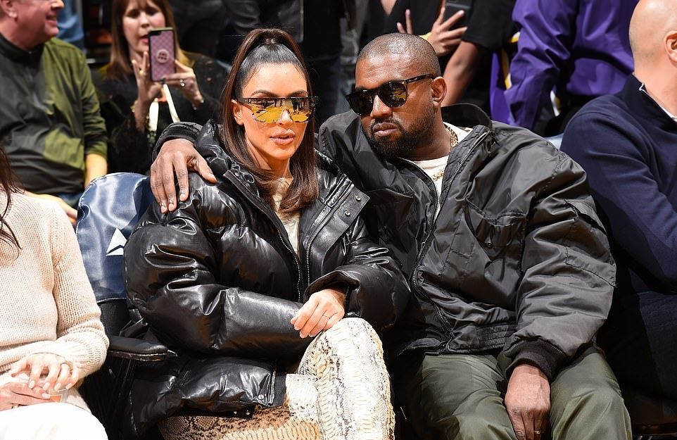 Kim Kardashian Black Leather Jacket Autumn Winter 2020 On Sassy Daily Kim Kardashian Kanye West Kim Kardashian And Kanye Kanye West And Kim