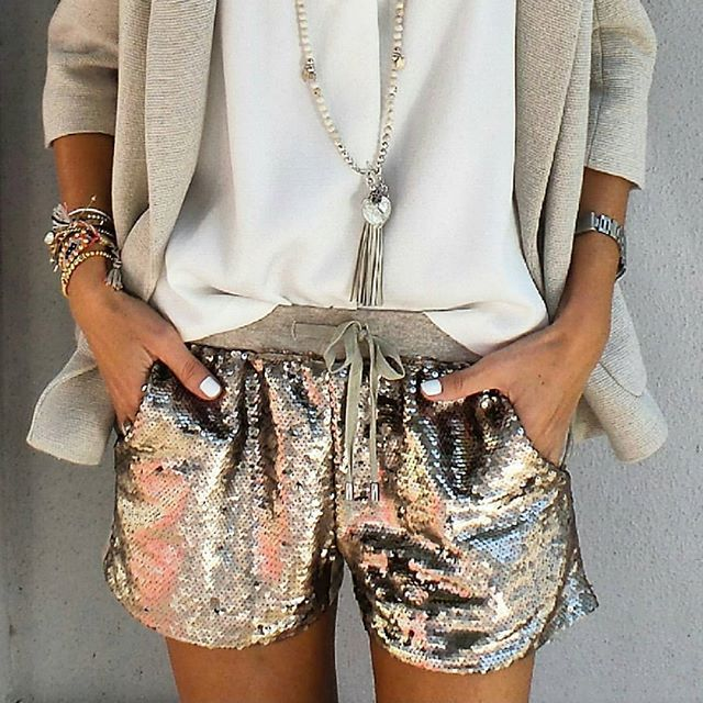 nuovo prodotto 5429d 91804 Sequin shorts | out-fit | Tendenze moda, Vestiti e ...