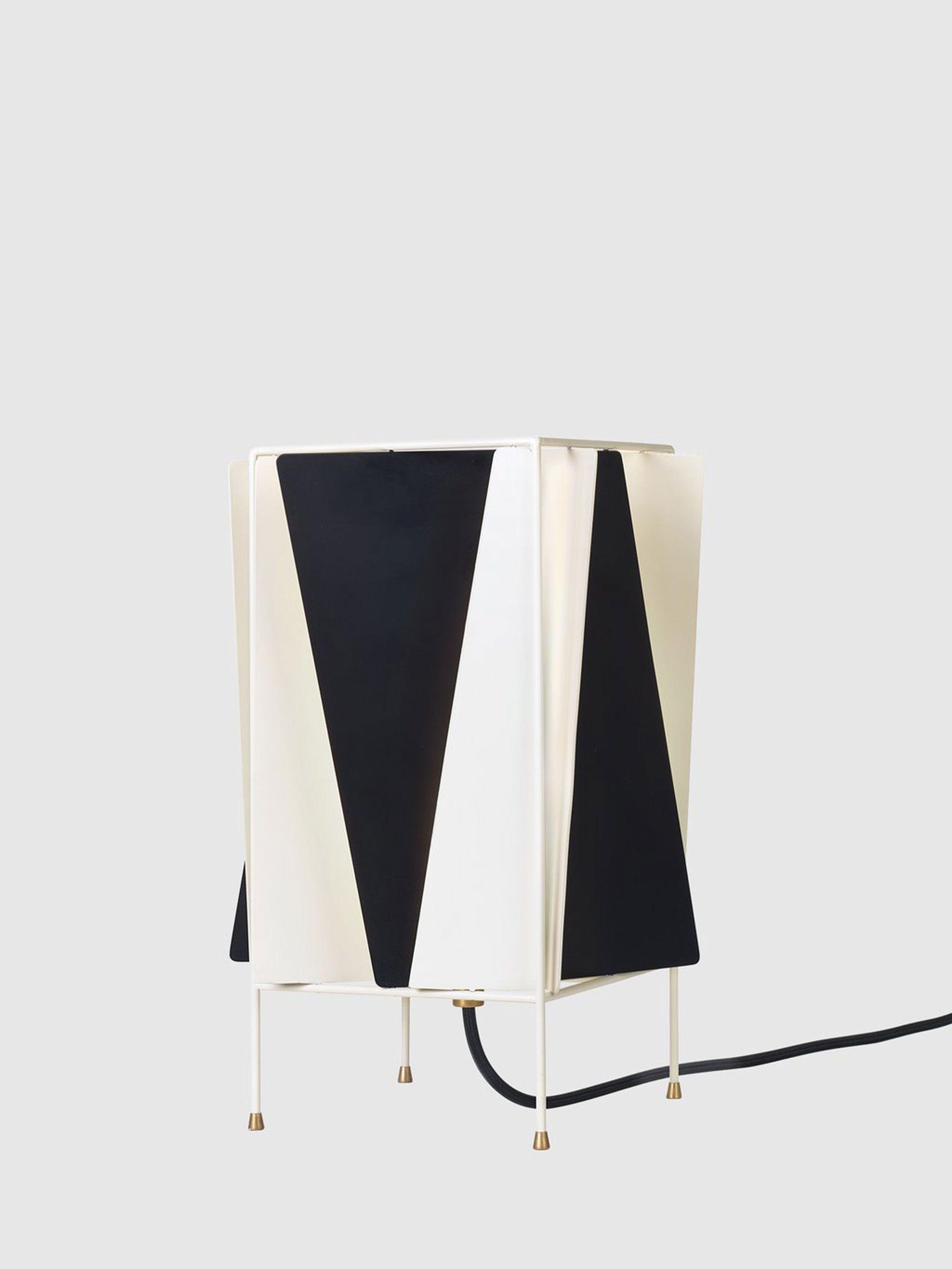 B 4 Table Lamp Black White Black Table Lamps Table Lamp Lamp