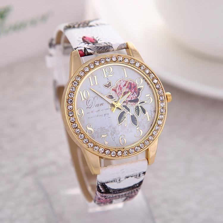 Vestido de estilo chino Peony patrón Casual cuero reloj mujer reloj de  pulsera de dibujos animados - comprar a precios bajos en la tienda en línea  Joom 96587bd478f0