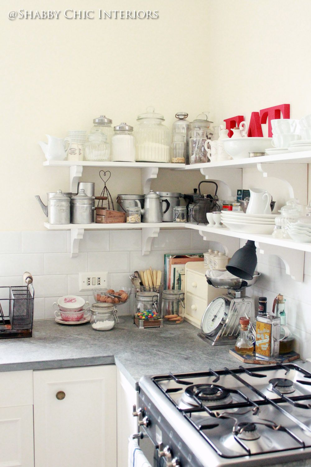 Shabby Chic Interiors: Restyling di una cucina Ikea | kitchen ...
