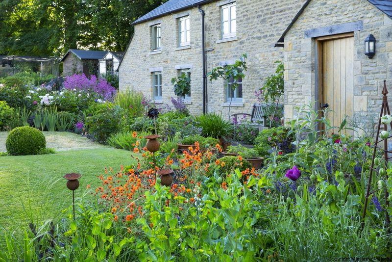 Val Bourne y Spring Cottage, jardinería orgánica en los Cotswolds | El Blog de La Tabla