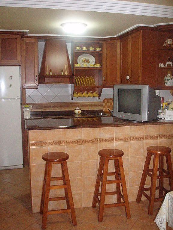 Como decorar una cocina pequeña rustica con paletas   buscar con ...