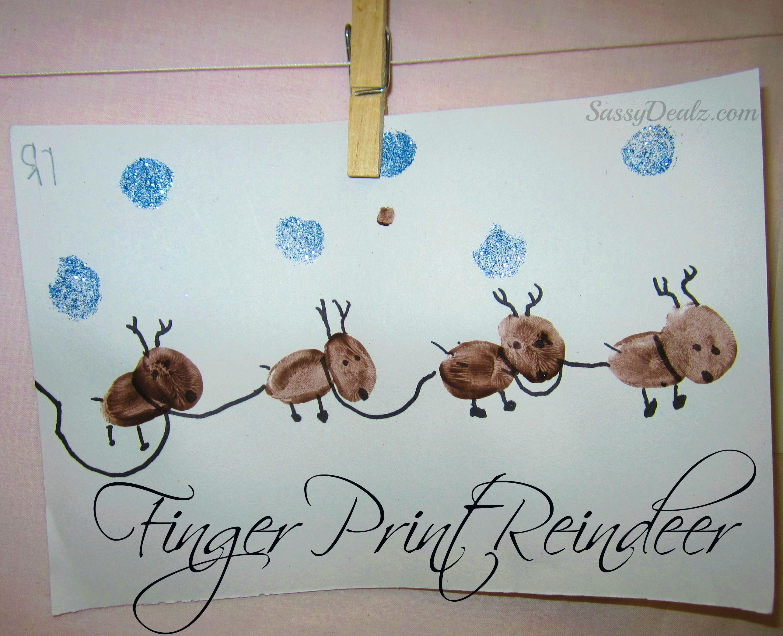 Adorable Fingerprint Reindeer Craft For Kids at Christmas time We