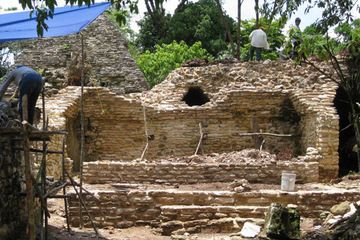 A unique Mayan theater has been unearthed in Mexico, according to researchers from the National Institute of Anthropology and History (INAH).  Found at the archaeological site of Plan de Ayutla, in Ocosingo, Chiapas, the 1,200-year-old theater did not seem to be a place for art and culture, but was rather used by Mayan elite to legitimize their power and subjugate local minority groups.