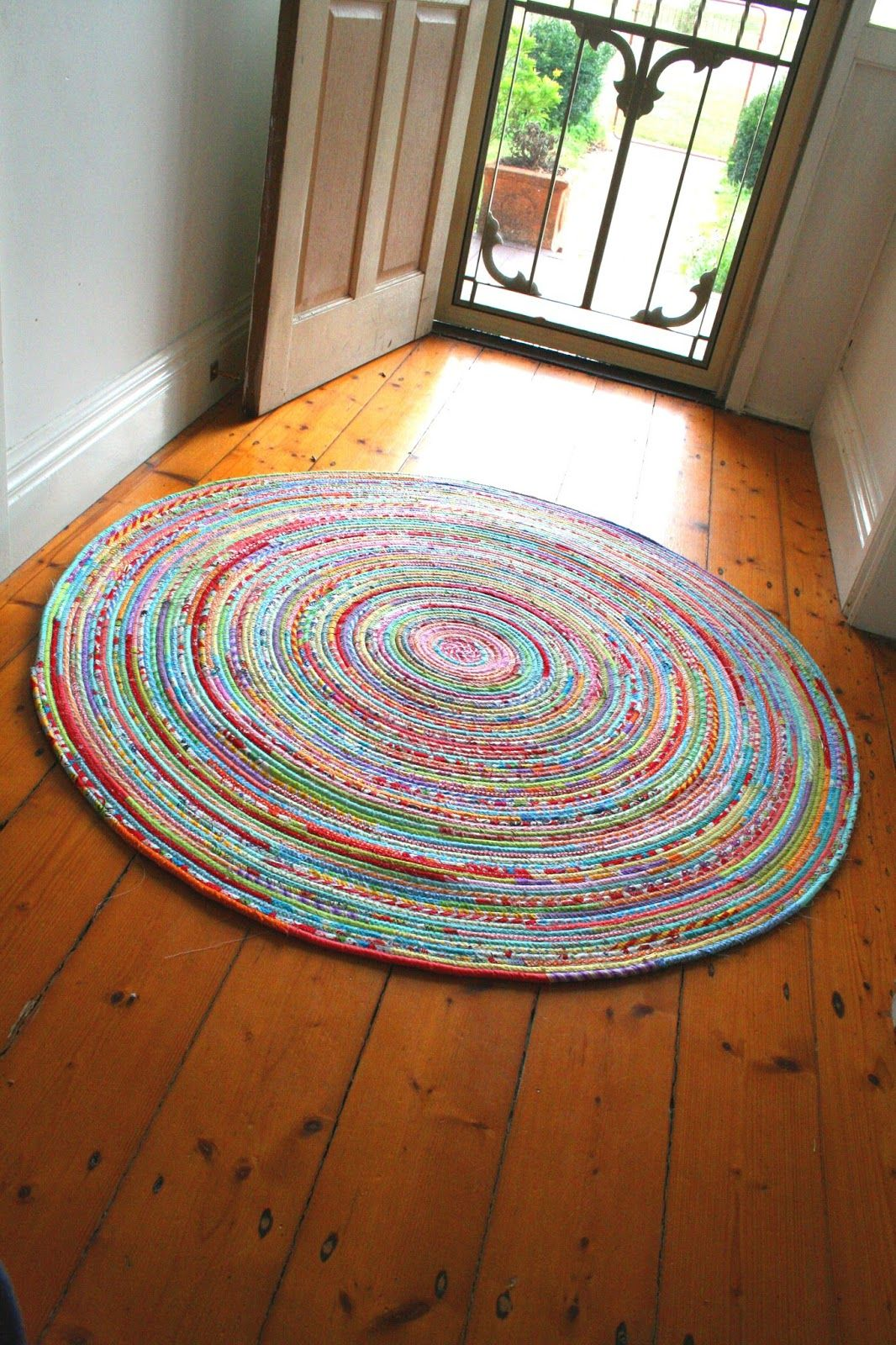 I Love The Looks Of This Rug Think Need One For My Kitchen And Maybe Front Hall As Well How To Sew A Fabric