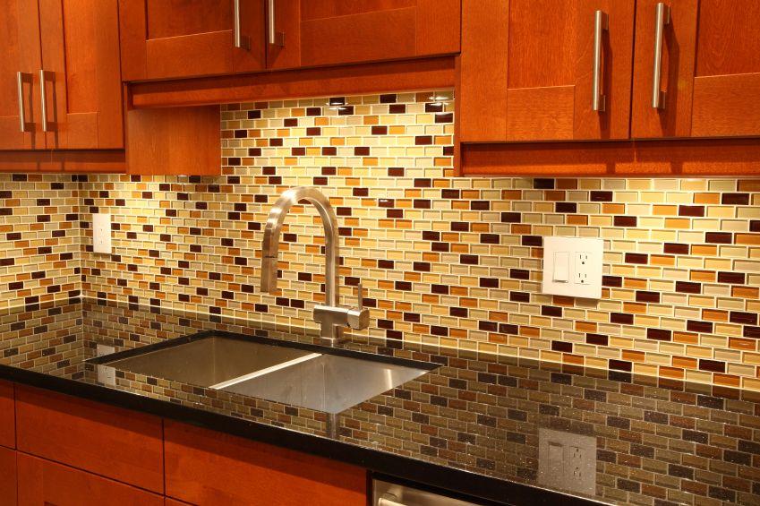 75 Kitchen Backsplash Ideas for 2017 (Tile, Glass, Metal etc ...