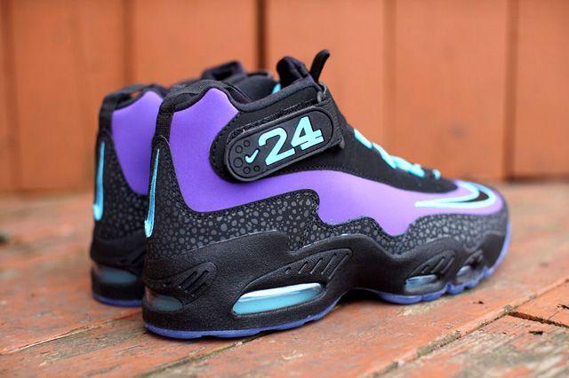 size 40 3f999 88838 NIKE AIR GRIFFEY MAX 1 (PURPLE VENOM)   Sneaker Freaker