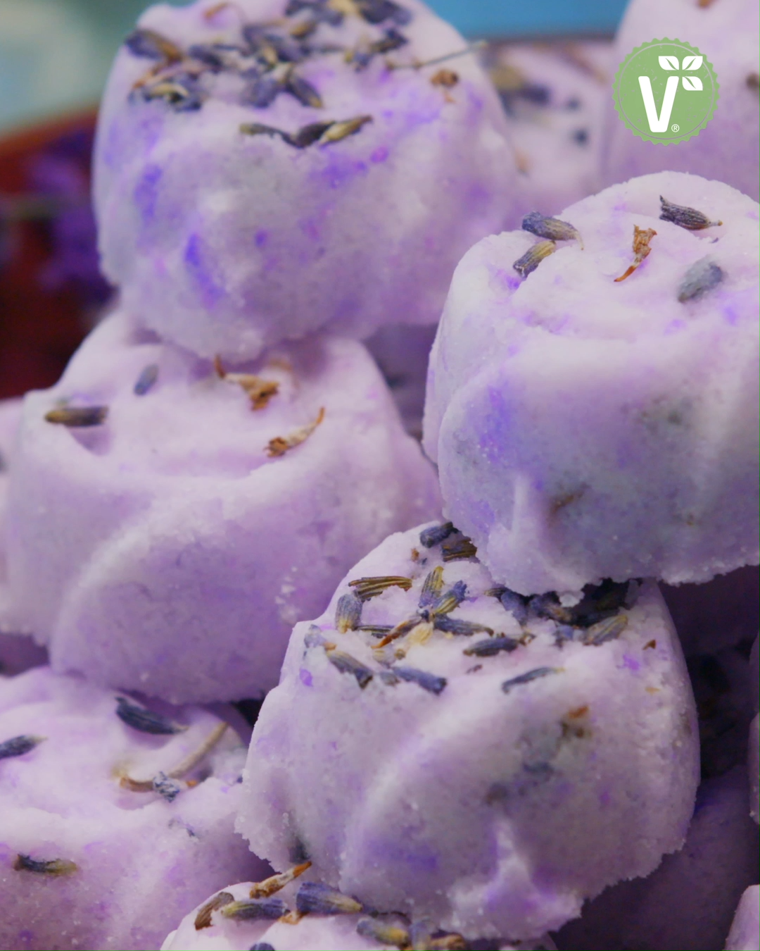 Sprudelnde Badepralinen mit Lavendel