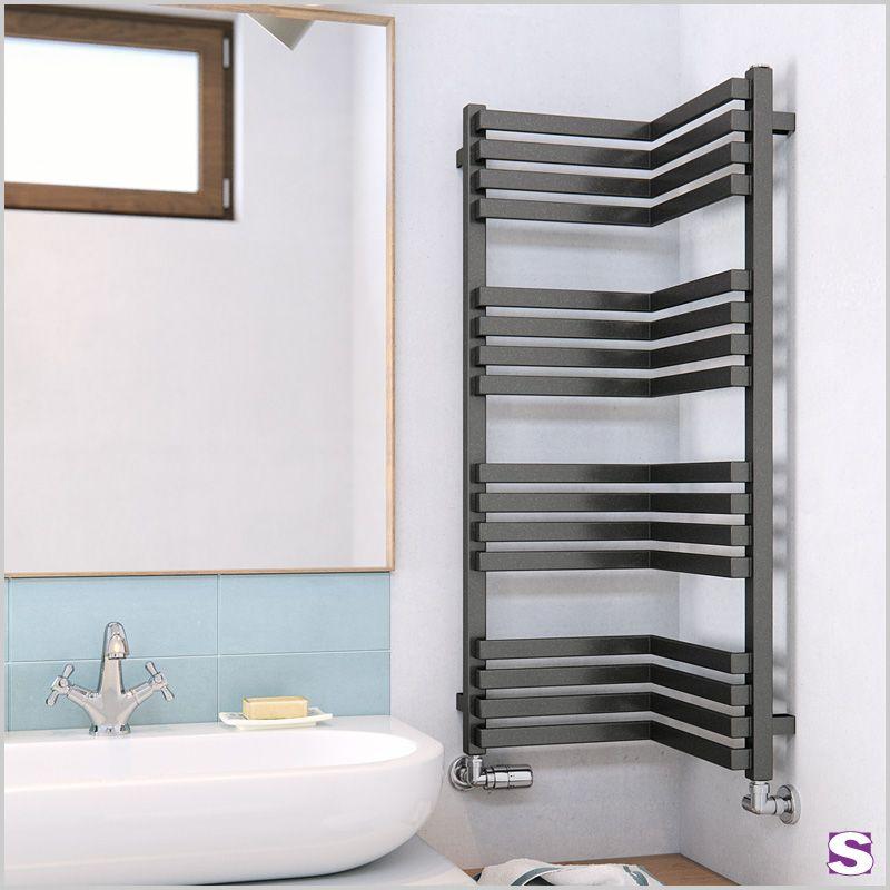 Badheizkorper Evo Fur Die Ecke Heizkorper Kleinesbad Badezimmer Badezimmer Duschkabine Sanitar