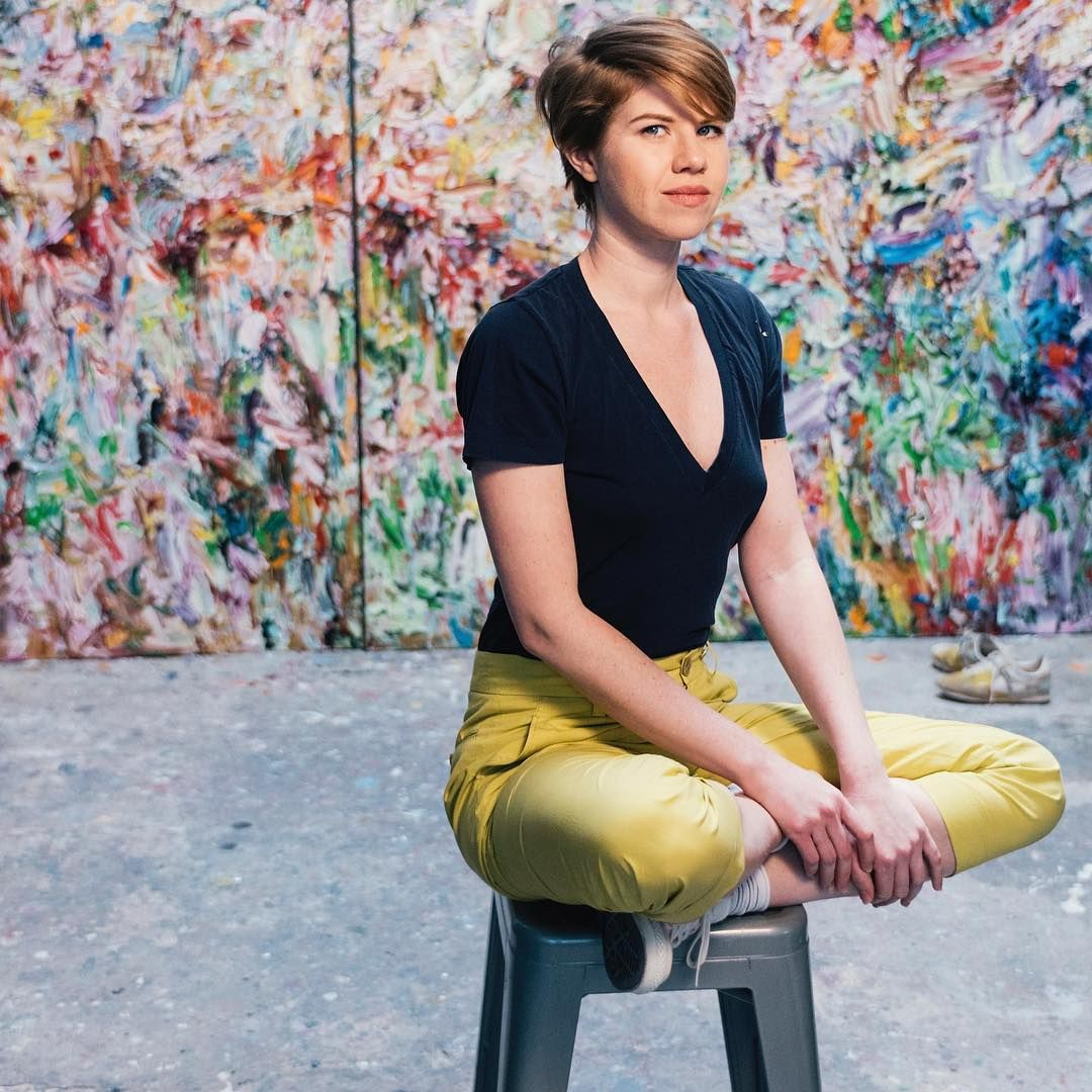 In anticipation of the opening of @saatchiart's latest show, L.A. WOMAN, tonight, we sat down with the co-curator @vanessaprager to chat about her selections for the show, the @pstinla events she is most looking forward to, and some of her favorite L.A. women. Read the interview on canvas.saatchiart.com. __ __ __ Join us for L.A. WOMAN tonight  Thursday, Sept 14 6-9PM RSVP: lawoman.eventbrite.com