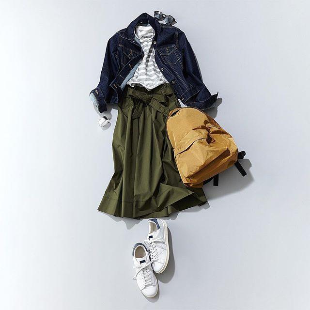 Instagram media by uniqlo - Strutting into the week in light, comfortable layers!  #uniqlo #uniqlolifewear #simplemadebetter #uniqloflatlay #ユニクロ #シンプルコーデ #デニムジャケット: 187472 スラブ ボーダー クルーネックT: 182217 ハイウエスト ベルテッド フレア ミディ スカート: 184840 *その他、スタイリスト私物 *掲載アイテムはプロフィールのURLからご覧いただけます。