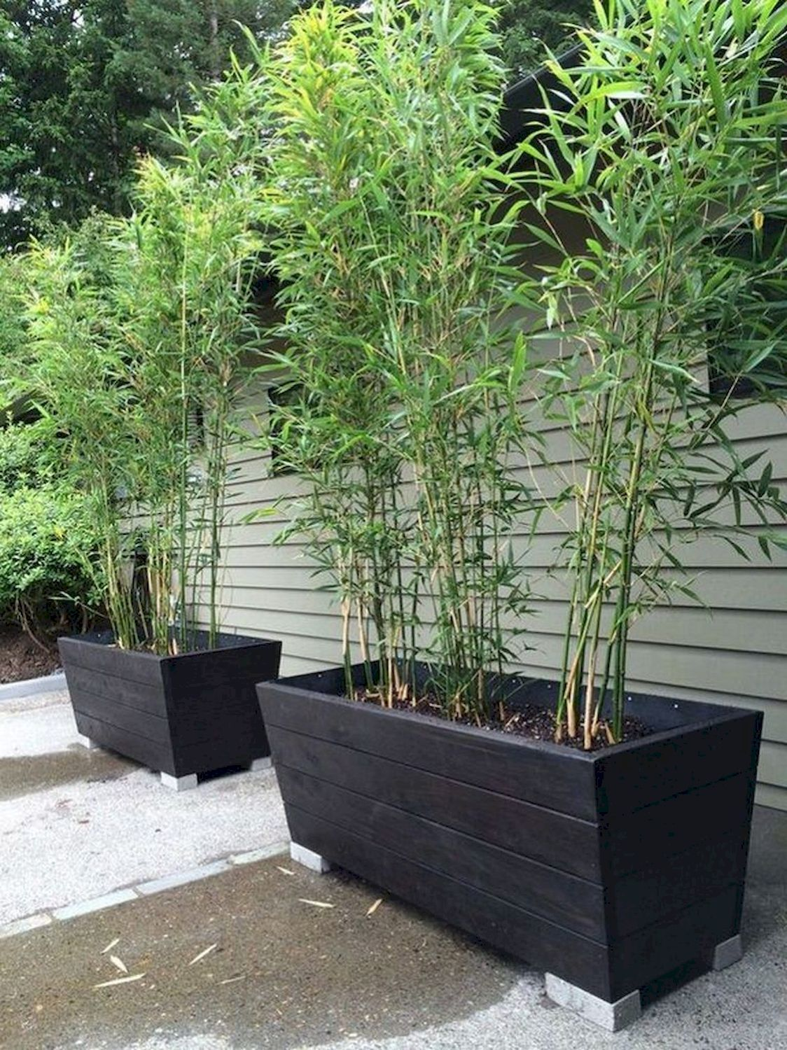 DIY Outdoor Planter Boxes for Highlighting The Landscape