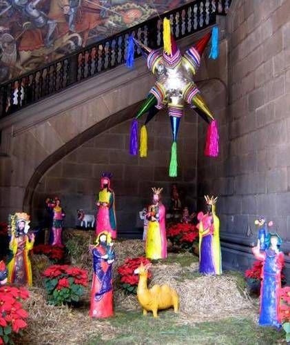Mexican Christmas Piñata (looks Like Guadalajara's Palacio