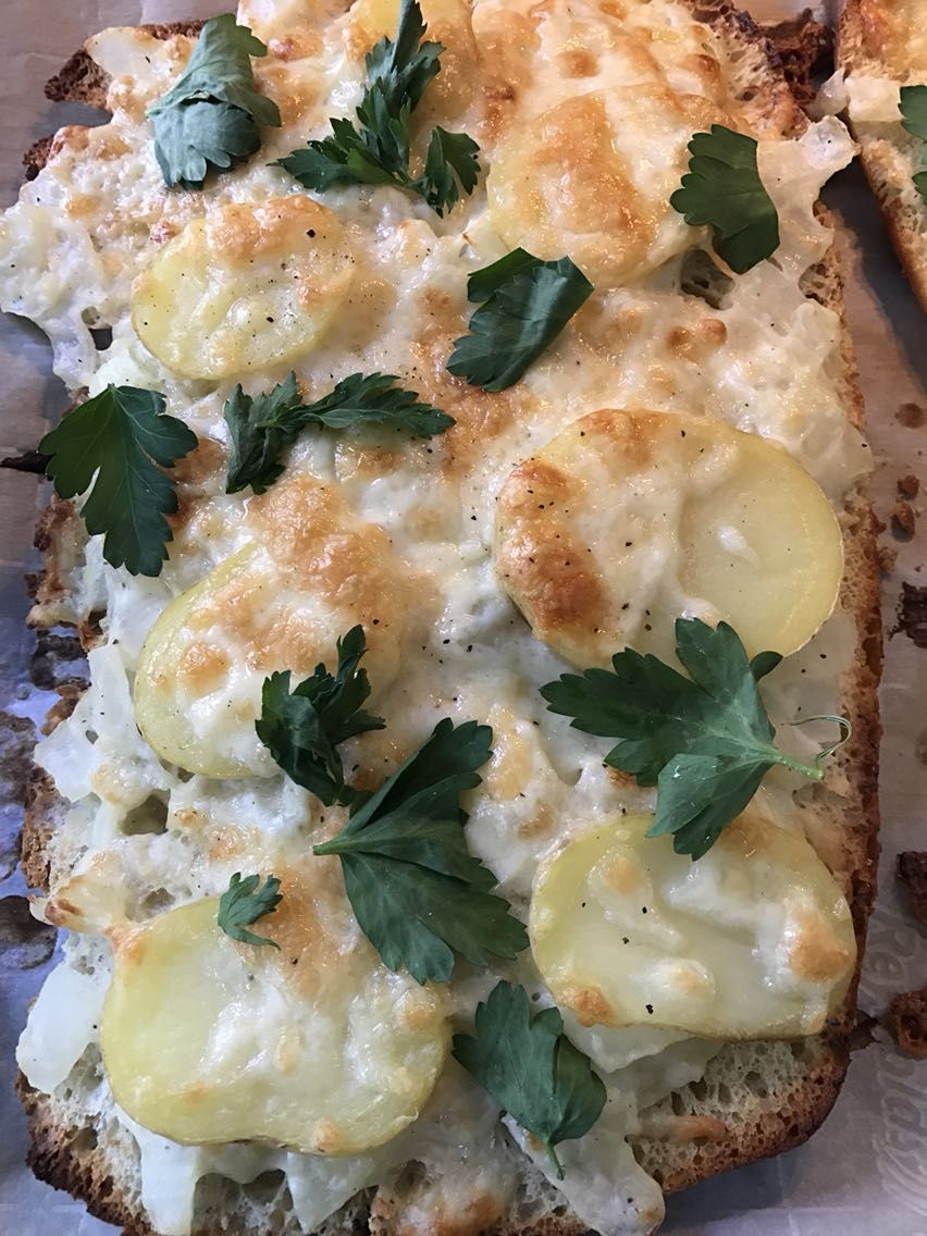 [Homemade] Potato bechamel foccacia pizza #recipes #food #cooking #delicious #foodie #foodrecipes #cook #recipe #health