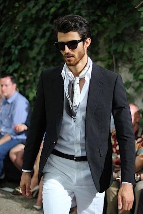 Casual, Ascot | Italian mens fashion, Gentleman style ...