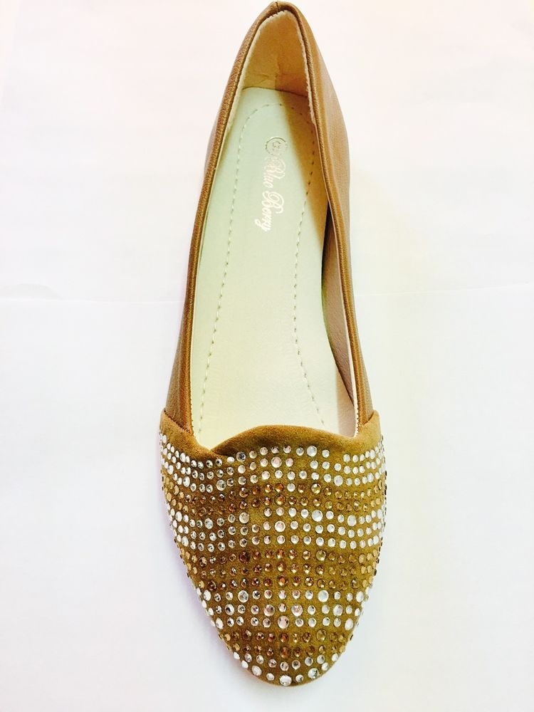ab27e7345 Women Tan Brown Indian Ethnic Rhinestones Ruby Flats Slip Ons Shoes Loafers  Sz 8