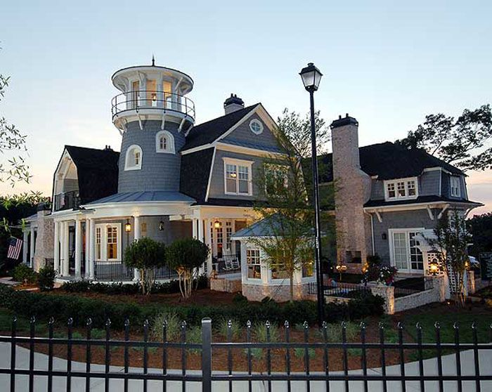 Classic american cottage with porches and lighthouse tower for Classic american architecture