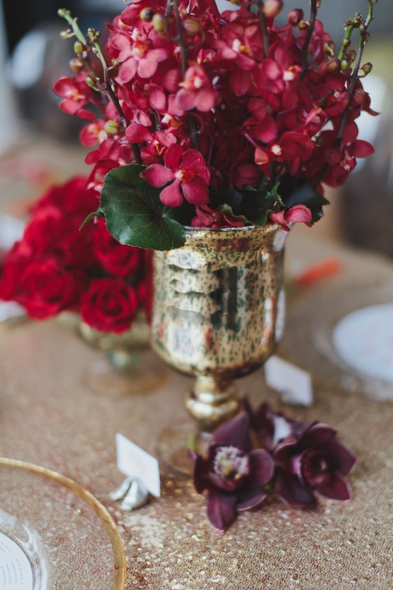 create groupings of three for a harmonious centerpiece chic gold rh pinterest com  chinese new year centerpiece ideas