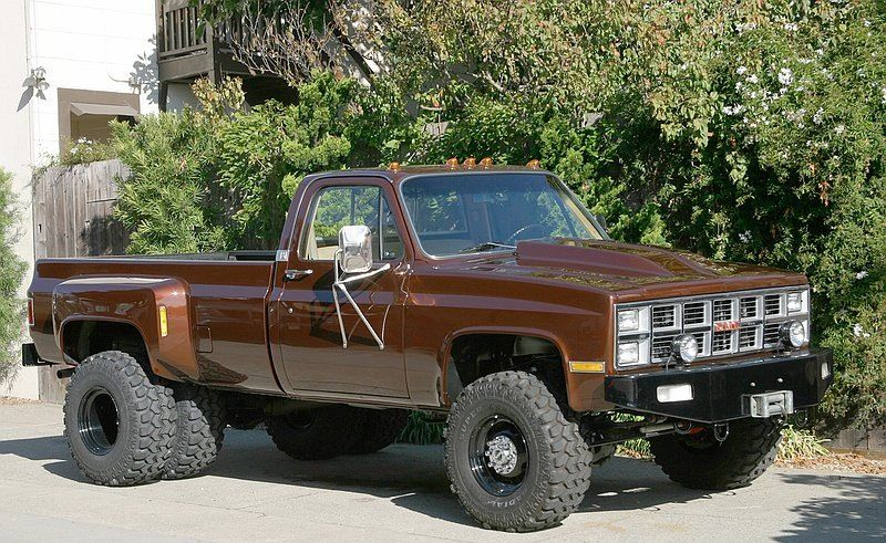 1987 chevy dually lifted