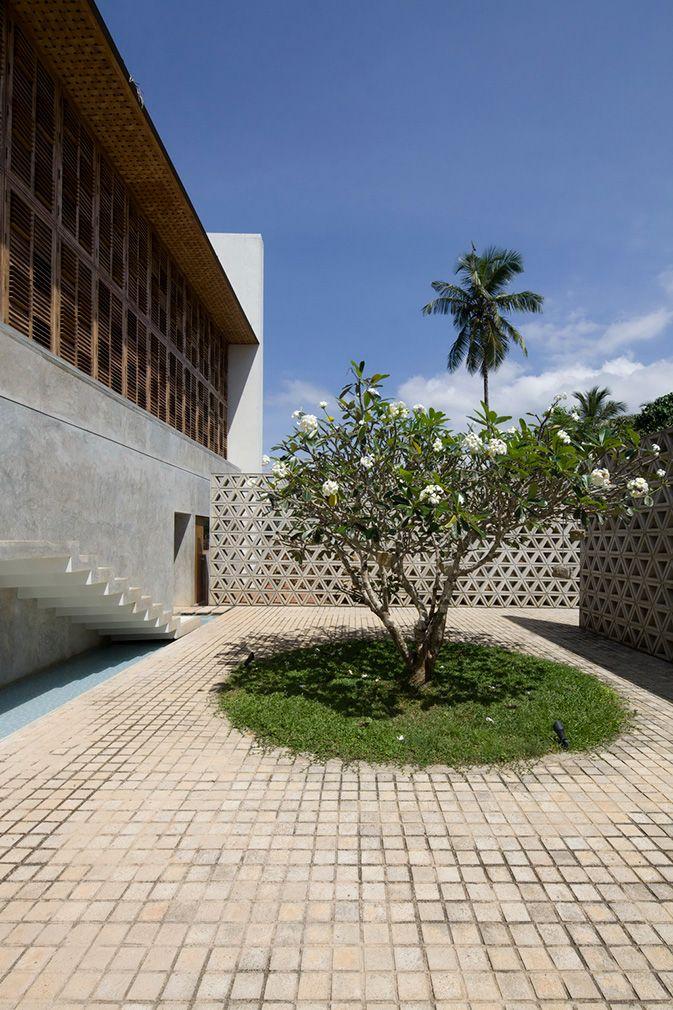 Holiday home of the week a Sri Lankan villa by Shigeru Ban