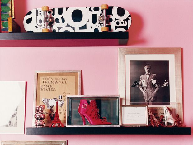 642 Tiny Things to Write About | Living rooms, Pink walls and Room