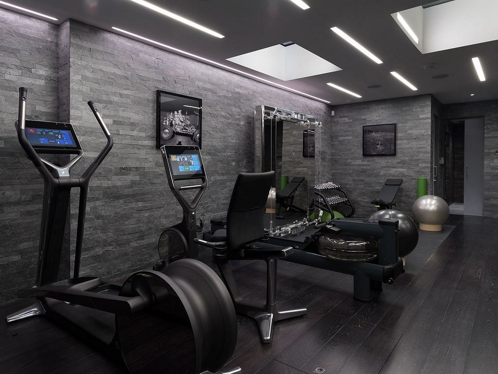 26 Luxury Home Gym Design And Equipment Ideas To Support Intensive Exercise Home123 Gym Room At Home Home Gym Flooring Home Gym Design