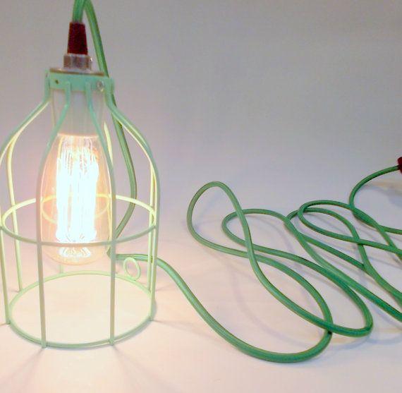 hnliche artikel wie mint grn industrial hngenden kfig lampe licht mit antiken stil edison glhbirne auf etsy - Hngende Kopfteillampe