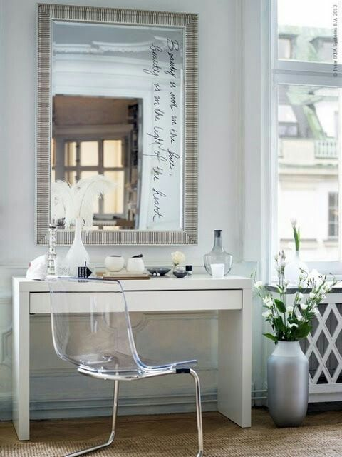 Minimum and beautiful dressing area Pinterest Dressing area - Bedroom Vanity Table