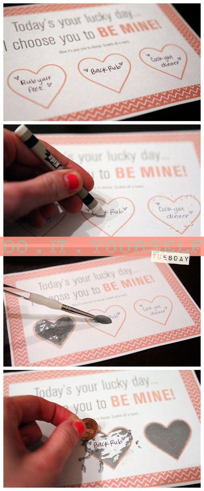 DIY scratcher, cute idea! Make it for a date night or special reward. 목공용 풀 과 물감 1대1 그리고 그전에 양초러 칠하기