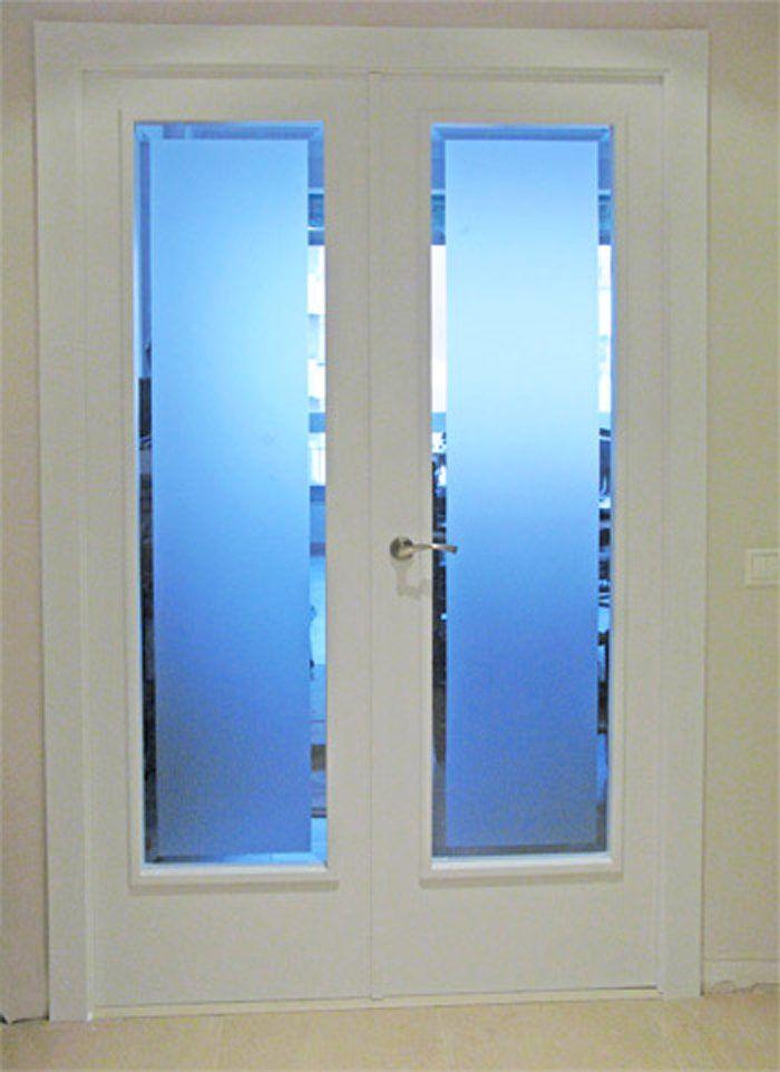 Puerta acristalada de interior de dos hojas lacada en - Cristales decorados para puertas ...