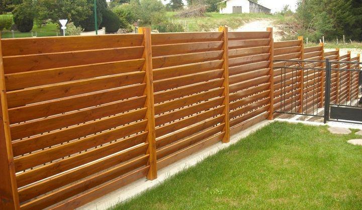 Resultado de imagen para reja de madera patio patio for Paredes de madera para jardin