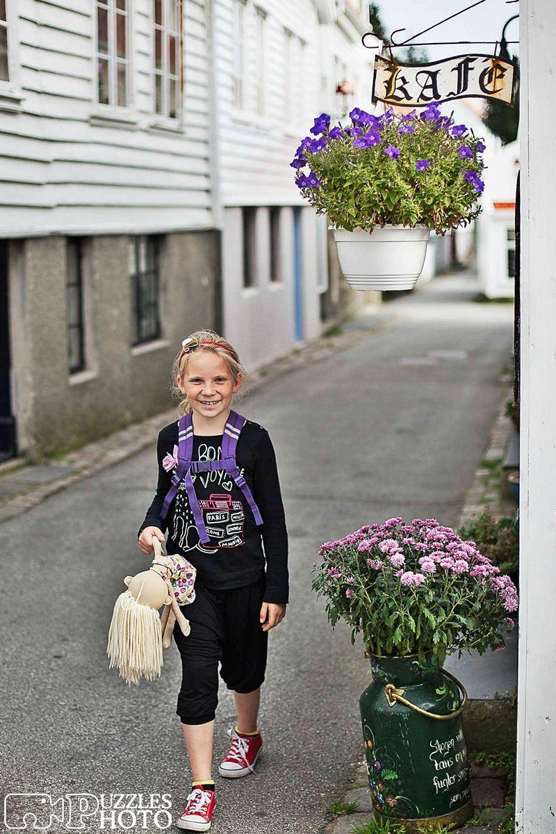 Girl in Skudenes  #skudenes #norway🇳🇴 #girl #travel #sightseeing #haugalandet #visithaugesund #norge #norgefoto #norsketurbilder #visitnorway #puzzlesphoto