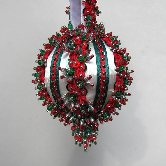 Beaded Christmas Ornament Kit  Yuletide Greeting  Fabric Balls
