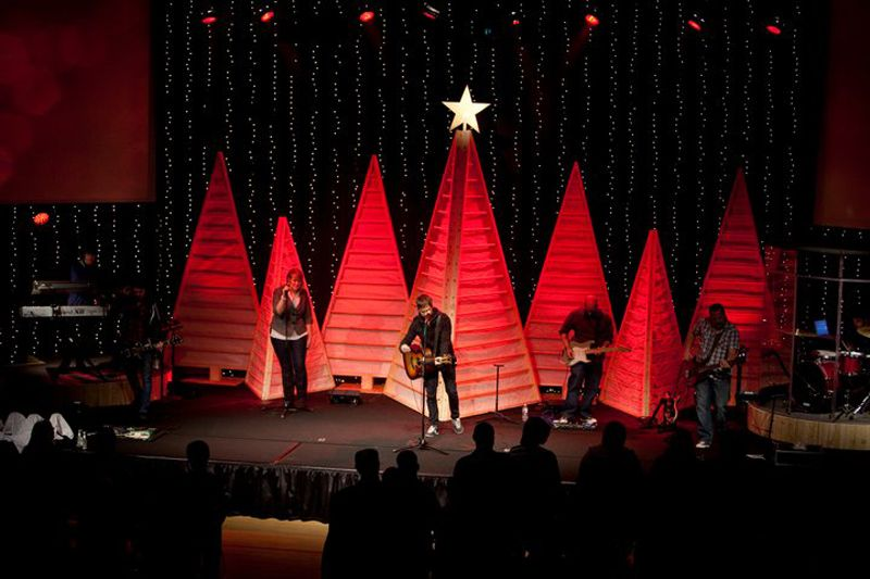 Simple Christmas Stage Decorations Wwwindiepediaorg