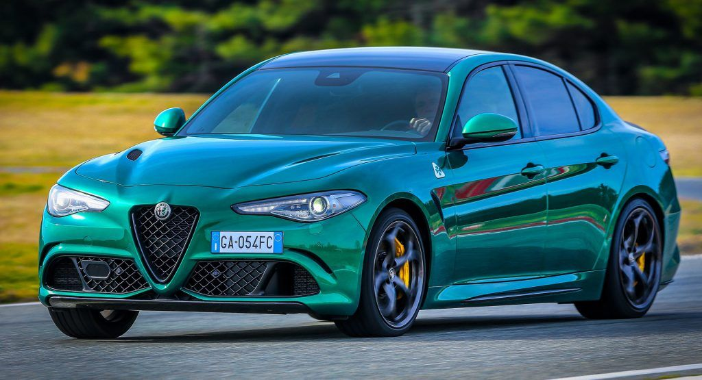 Alfa Romeo Simplifies America S Giulia And Stelvio Ranges For 2021 Carscoops Alfa Romeo Giulia Quadrifoglio Alfa Romeo Giulia Alfa Romeo