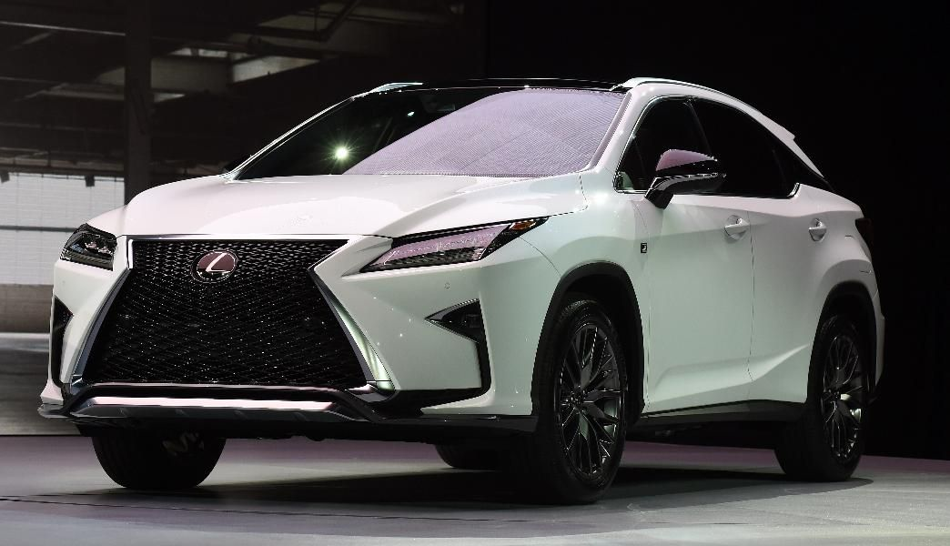 15 Hot Luxury Car Lease Deals Under $400/Month: 2016 Lexus RX 350