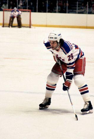 Dave Maloney Joins King School Hockey Staff During Nhl Lockout Hockey New York Rangers Nhl